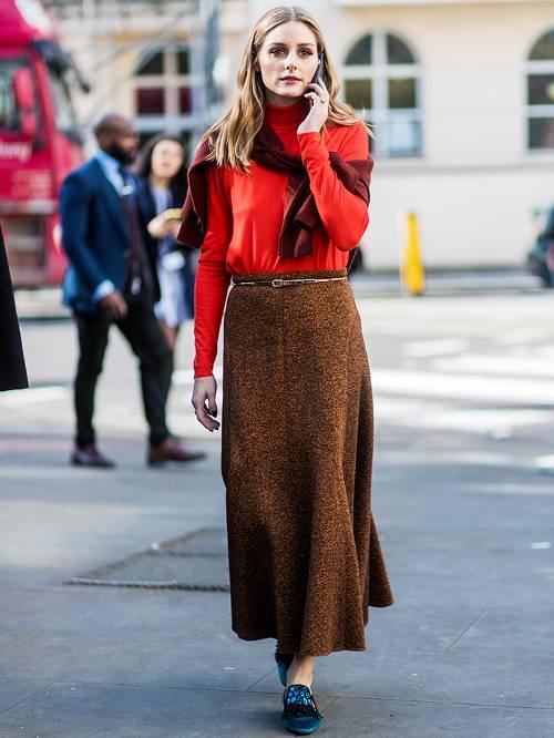 ست کردن لباس مشکی با قرمز تیره